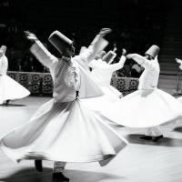 Turecka Częstochowa i tańczący derwisze