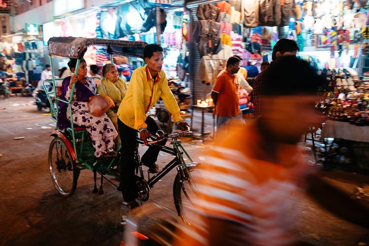 Szalony ruch uliczny (fot. Kuba Głębicki)